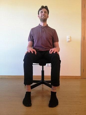 leg-exercises-in-chair-floor-squeeze-2