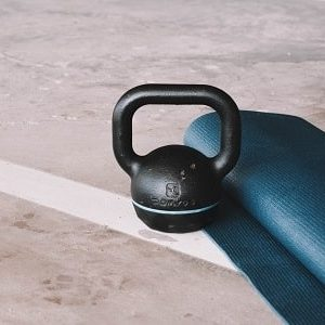 exercise-therapy-program-kettlebell